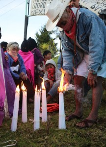 EZLN comprises a light Ayotzinapa lives!  Photo: Elizabeth Ruiz