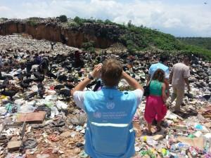 Visita del observadores del Alto Comisionado de la ONU para los Derechos Humanos que verifican la situación de la niñez en Chiapas, llegaron a la colonia Linda Vista. Foto: Chiapas PARALELO