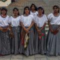 El grupo tradicional de las tuxtlequitas. Foto: Roberto Ortiz
