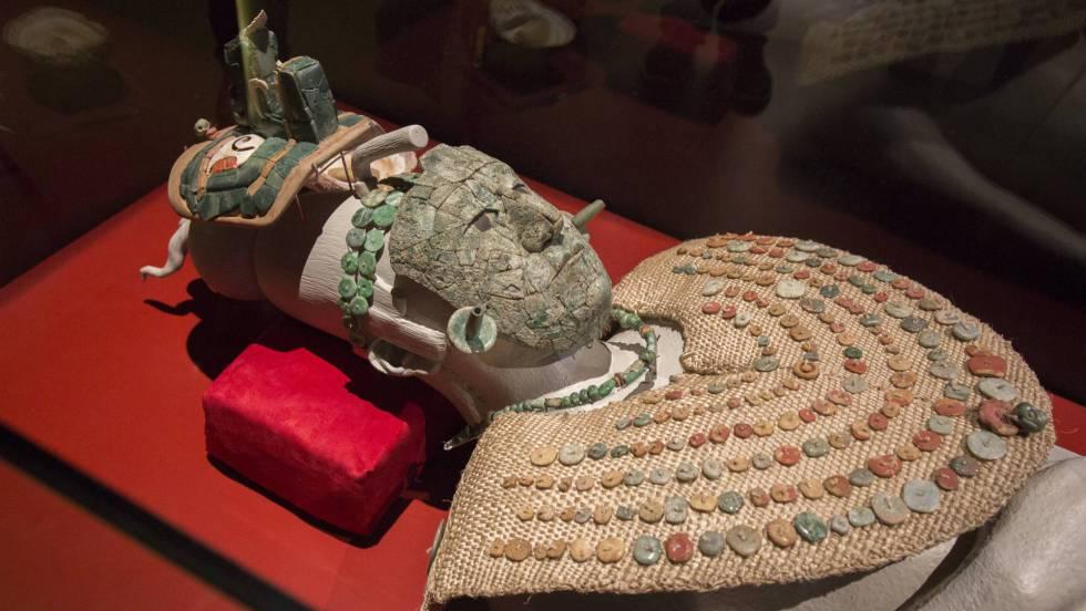 La historia de la mujer que descubrió la reina roja de Palenque