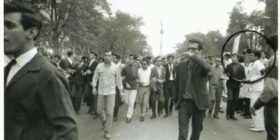 En la fotografía de una manifestación en el movimiento de 1968 aparece el doctor Gilberto Gómez Maza, activista chiapaneco.