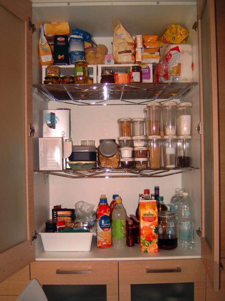 Come fare per tenere in ordine la dispensa della cucina