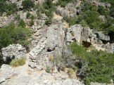 Les ruines d'une bergerie en pierres