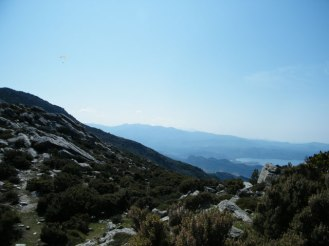 Au loin les montagnes à perte de vue.