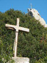 Il y a des croix partout