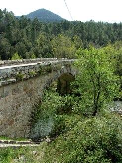 Pont d'Azzana sur le Cruzini