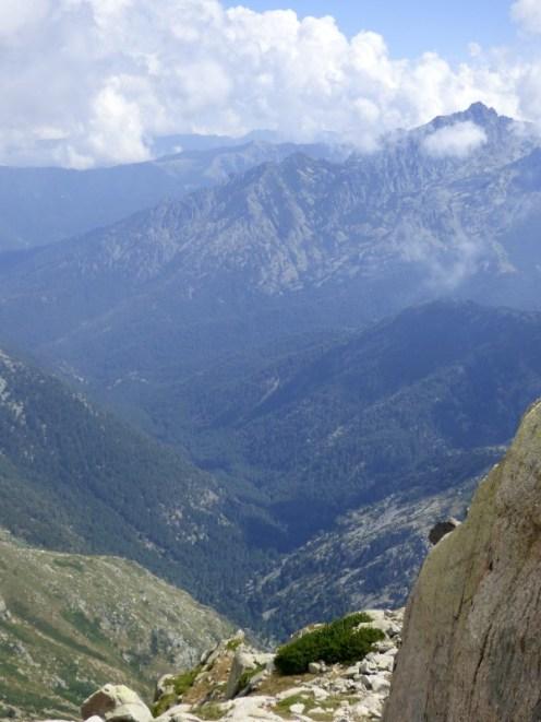 Vue sur la vallée qui rejoint Canaglia