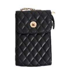 Μαύρη τσάντα ώμου καπιτονέ με χρυσή αλυσίδα