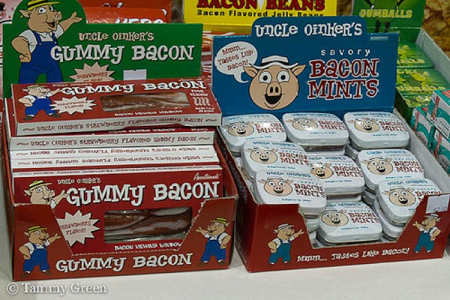 Bacon Gummy & Mints