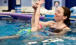 Kids swimming lessons, ages 4-12, beginner, intermediate | Chicago Blue Dolphins Swim School