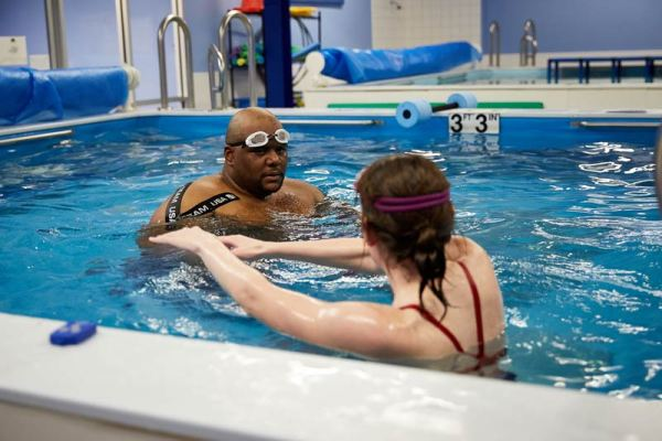 Which is better for you - group or private swim lessons? | Chicago Blue Dolphins