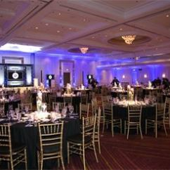 Chair Rental Chicago Banquet Style Chairs Gold Chiavari In