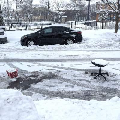 ستبدأ فرق جمع القمامة في جمع عناصر «الديبس» من شوارع شيكاغو