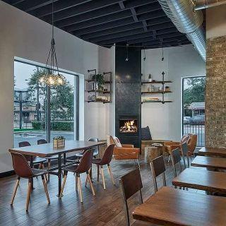 للعاملين عن بعد: إليكم أفضل مقاهي شيكاغو التي توفر بيئة عمل مريحة