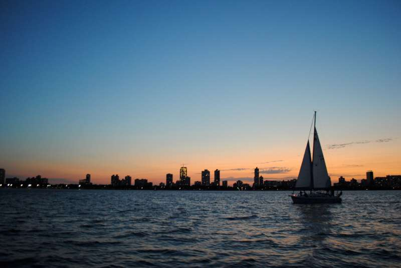 Night Sailing Chicago Chicago Sailboat Charters