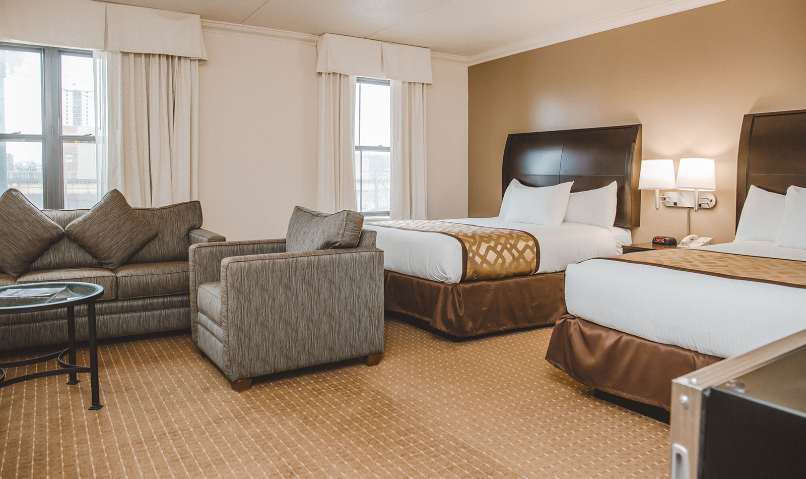 Boutique Chicago Hotel Rooms  Chicago South Loop Hotel