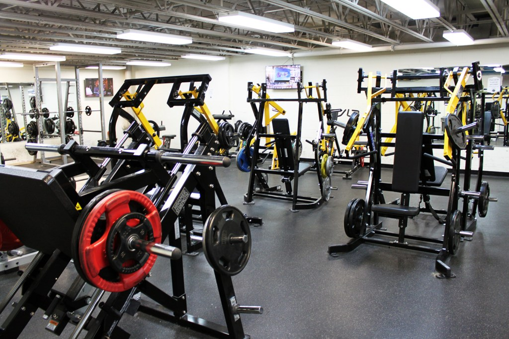 Chicago Sports & Fitness Club - Gym in Joliet with latest Cybex Equipment
