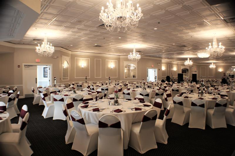 Belle Salle Banquets  ChicagoStyle Weddings