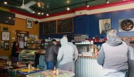 Cafe Jumping Bean Keeps Local Art Alive