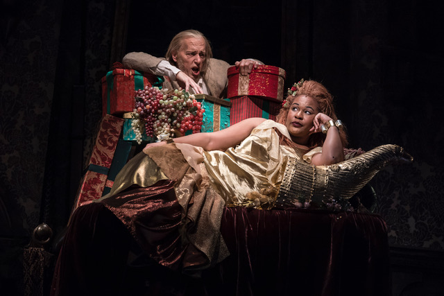 The Grandaddy of Holiday Stories | Chicago Theatre Review