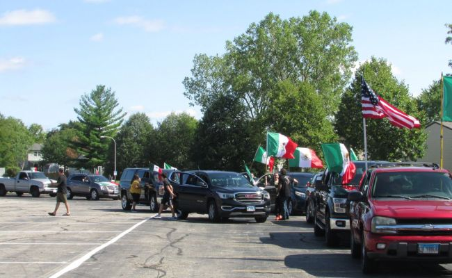 Caravan Tradition Revived In Elgin To Celebrate Mexican
