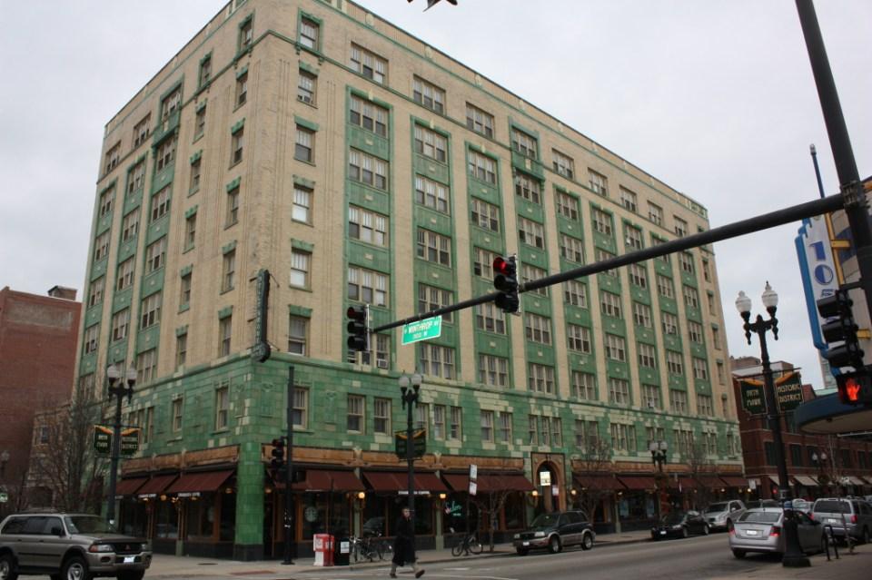 Belle Shore Apartment Hotel