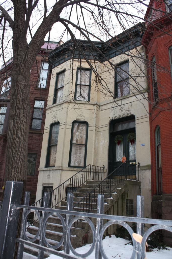 John C. Nicol House at 1515 W Jackson Blvd, a Greystone from 1879