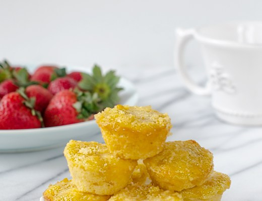 5 Ingredient mini cornbread muffins! Soft, moist, delicious. PERFECT for tiny hands and small snacks.