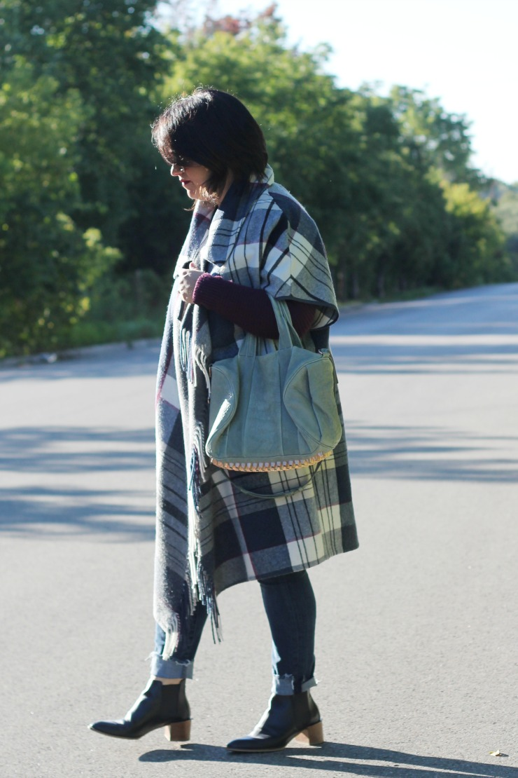 blanket cape outfit