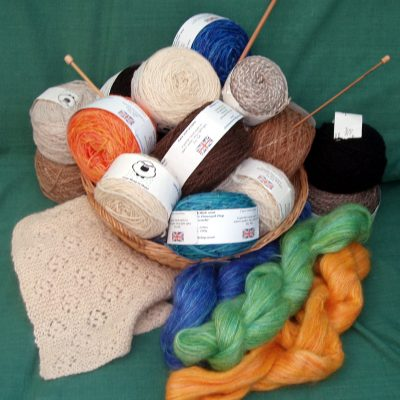 Hand spun and dyed wool - Textiles/Knitting