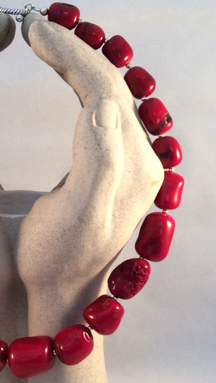 Red Coral necklace - n/a