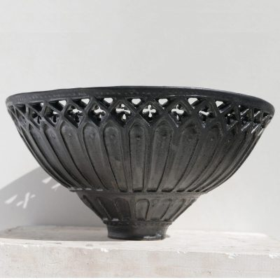 Gothic two - Stoneware ceramic - 27cmx 12cm - by Jonathan Waights
