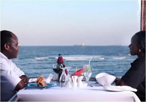 A couple at Kalambezi Café SeaCliff Hotel