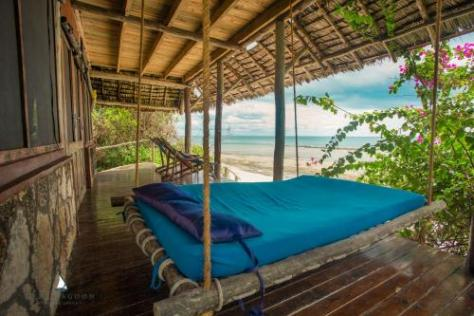 Bagamoyo Hotels: Lazy Lagoon Island Lodge Bagamoyo at Oceanic Bay Hotel & Resort Bagamoyo