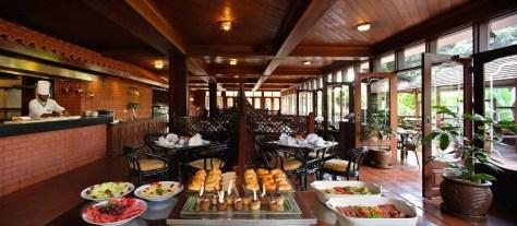 Flame Tree Restaurant, Sarova Panafric