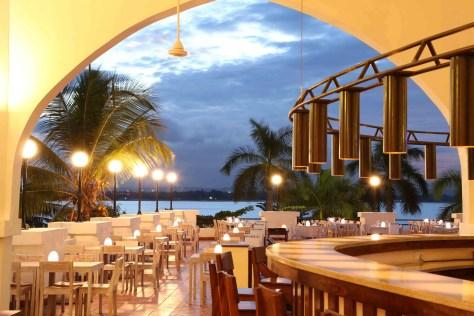 Hotels in Dar es Salaam: Terrace Restaurant Hotel Slipway