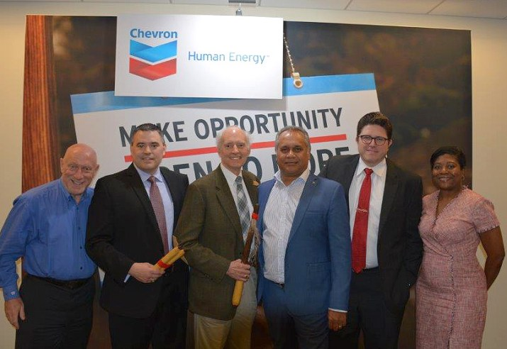 Group pic of Chickasaw Distributor, Chevron