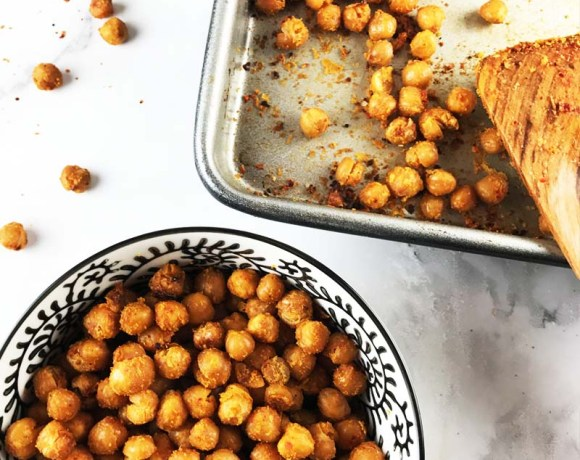 """Cheezy"" crispy chickpeas"