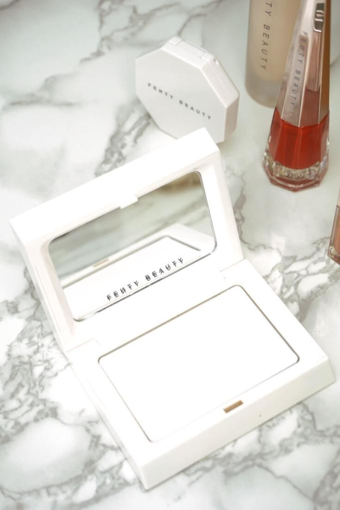 Blotting Power Review | Chiclypoised.com