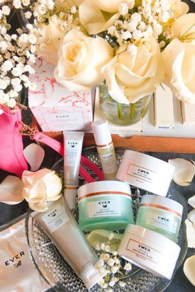 EVER Unboxing: Glowing Skincare
