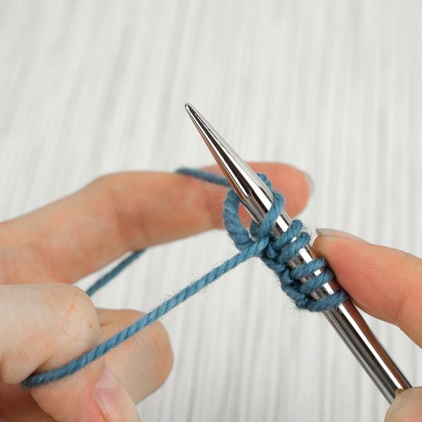 knit long-tail cast on step 5