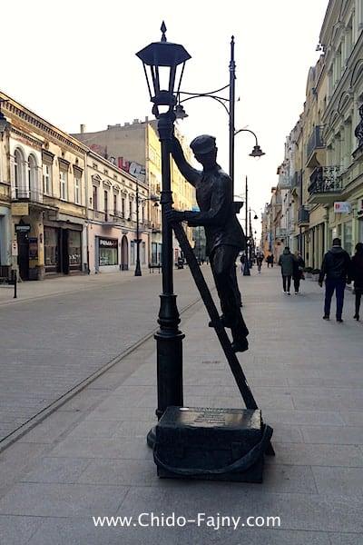 statue in lodz