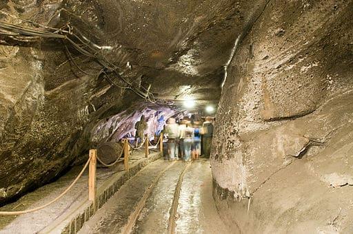 Wieliczka_Salt_Mine,_Poland_(2745869509)