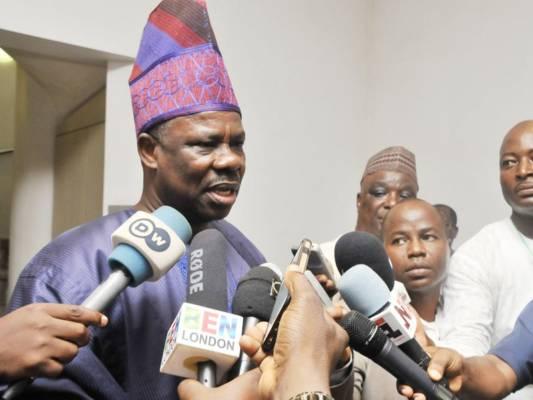 EFCC not investigating Ogun State governor, Senator Ibikunle Amosun