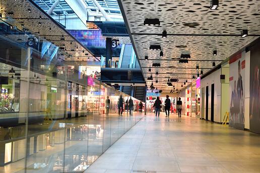 Emergenza Covid19 / In Piemonte centri commerciali chiusi nel weekend. Stretta anche a Torino