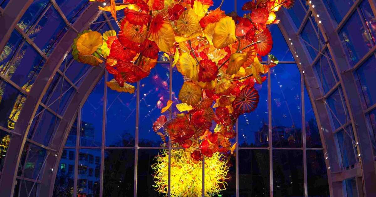 Admission includes a visit to the space needle observation deck and access to the chihuly garden and glass exhibition hall, glasshouse and garden. Chihuly Garden And Glass Daily And Monthly Events