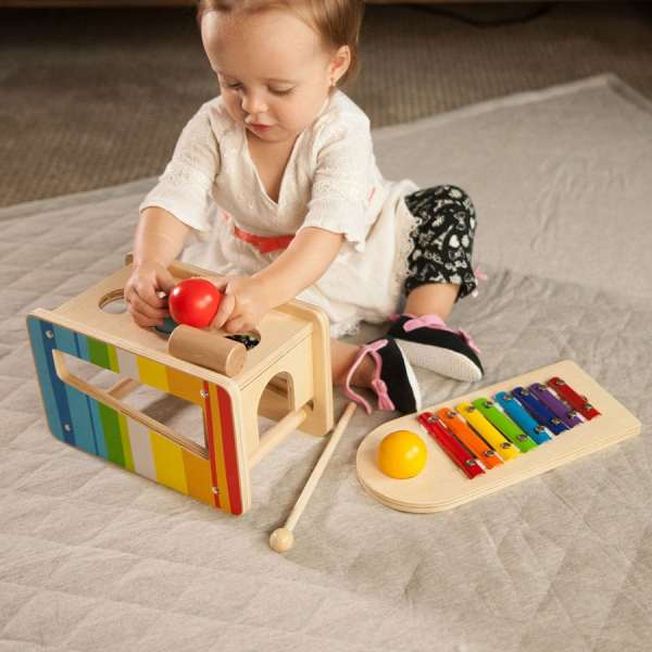 9 Music Toys 1-year-olds Inspire Child Development