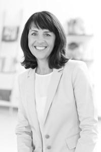 Claudia Lässig ist die Gründerin und Inhaberin der Firma Lässig. Großen Wert legt sie nicht nur auf Design und Qualität der Produkte, sondern auch auf den Aspekt der Nachhaltigkeit. Darum engagiert sie sich auch sehr für den Umweltschutz. Mit ihrem Unternehmen unterstützt sie verschiedene Organisationen und Projekte.