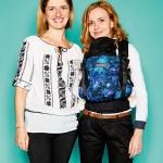 """Monica Olariu und Kollegin, Owner von Deneris Trade (Isara), mit Baby Carrier """"Isara V3 Galaxy"""""""