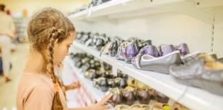 Seit langem erfolgreiche Schuhmarken lockten auch 2017 die meisten Konsumenten